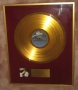 Thriller Gold Award For The Sale Of 25,000 Copies Presented To Michael Jackson (Switzerland)